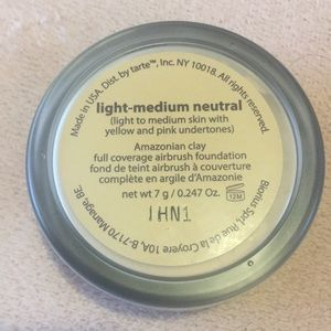 tarte Makeup - Tarte airbrush foundation and lip paint
